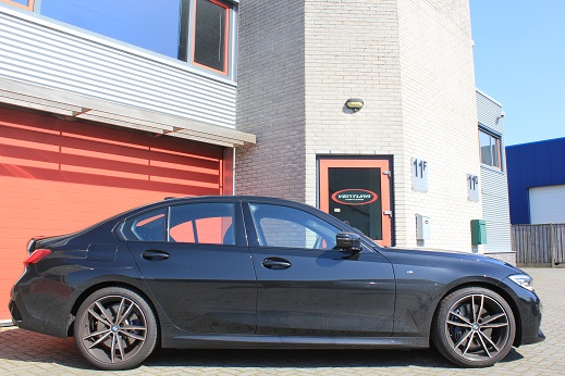 Rijervaring Chiptuning BMW 330i G20 258 PK 400 NM Zijkant