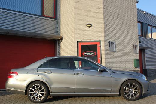 Rijervaring Chiptuning Mercedes E200 CGI Zijkant