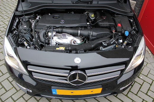 Rijervaring Chiptuning Mercedes B200 CGI 156 PK Voorkant