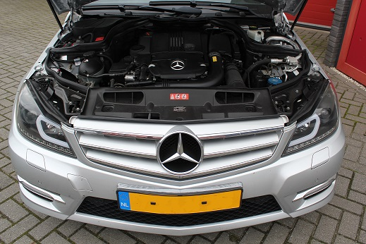 Rijervaring Chiptuning Mercedes C180 CGI 156 PK Voorkant